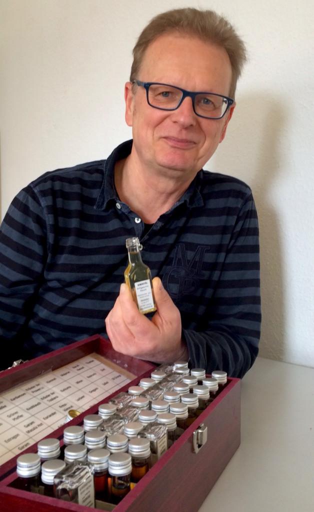 Dr. Peter Engelbrecht und sein Schatzkästchen